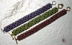 3-Dimensional Right Angle Weave Bracelet