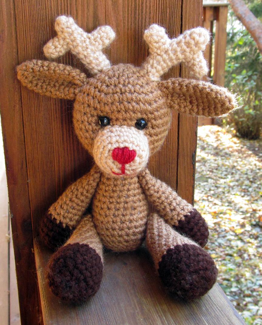 Free Crochet Reindeer Ornament Patterns : Dandy Reindeer Amigurumi Crochet Pattern, Sova Enterprises