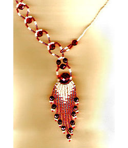 Fast and Showy Necklace