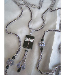 Art Deco Keepsake Necklace