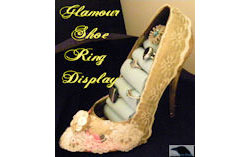 Glamour Shoe Ring Display