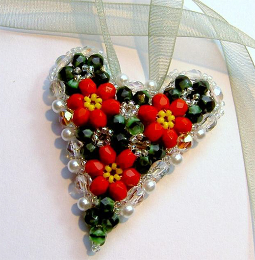 Christmas Keepsake Triangle Weave Heart