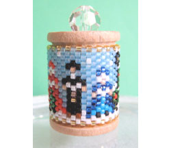 Christmas Carollers Spool Ornament