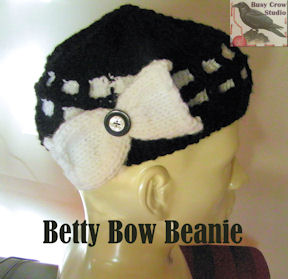 Betty Bow Beanie