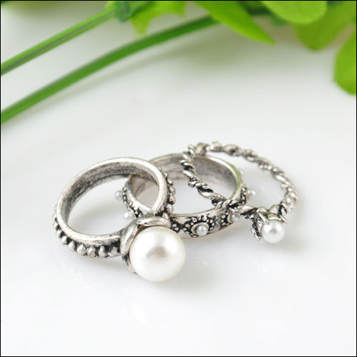3 Ring Set, Antique Silver Pearls & Twist, Size 5.75