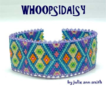 Julie Ann Smith Designs WHOOPSIDAISY Bracelet Pattern