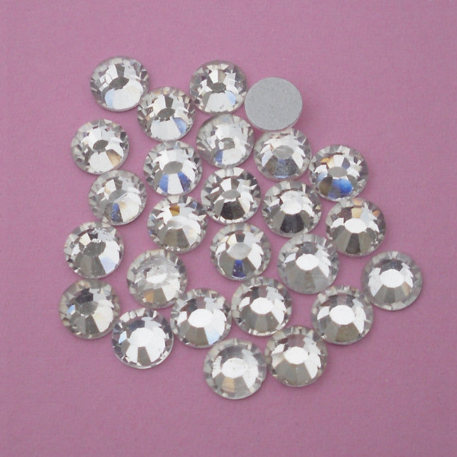 SS20 (4.8 to 5mm) Flat Back Rhinestones, Clear (144)