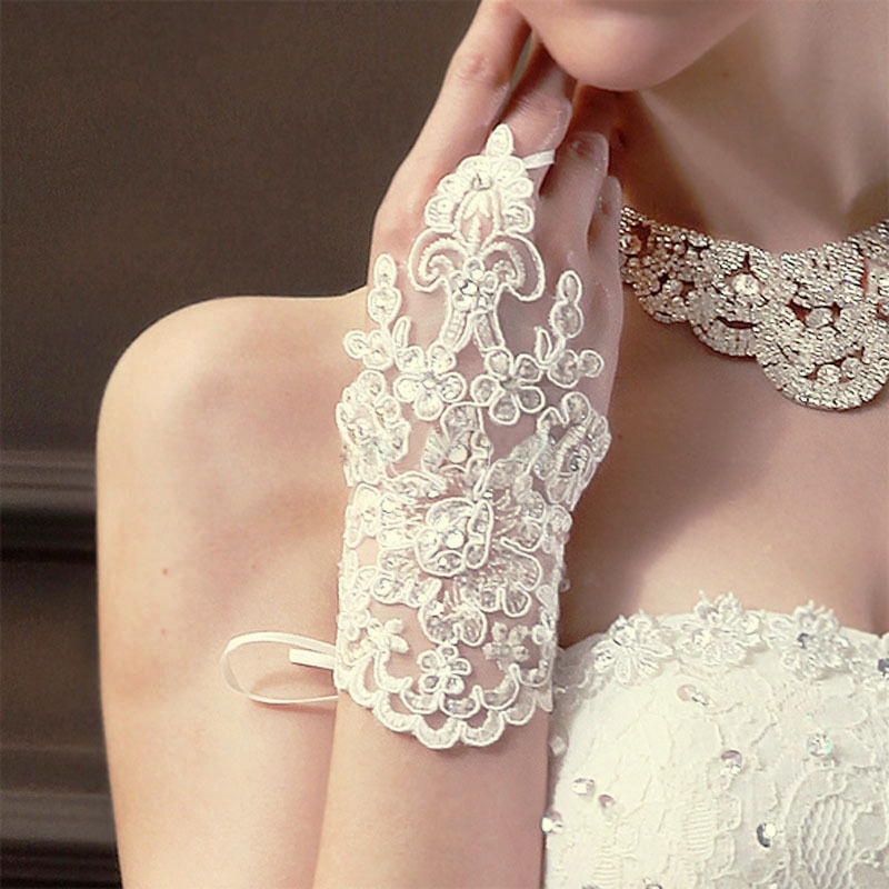 Fingerless Lace with Rhinestone Gloves Ivory