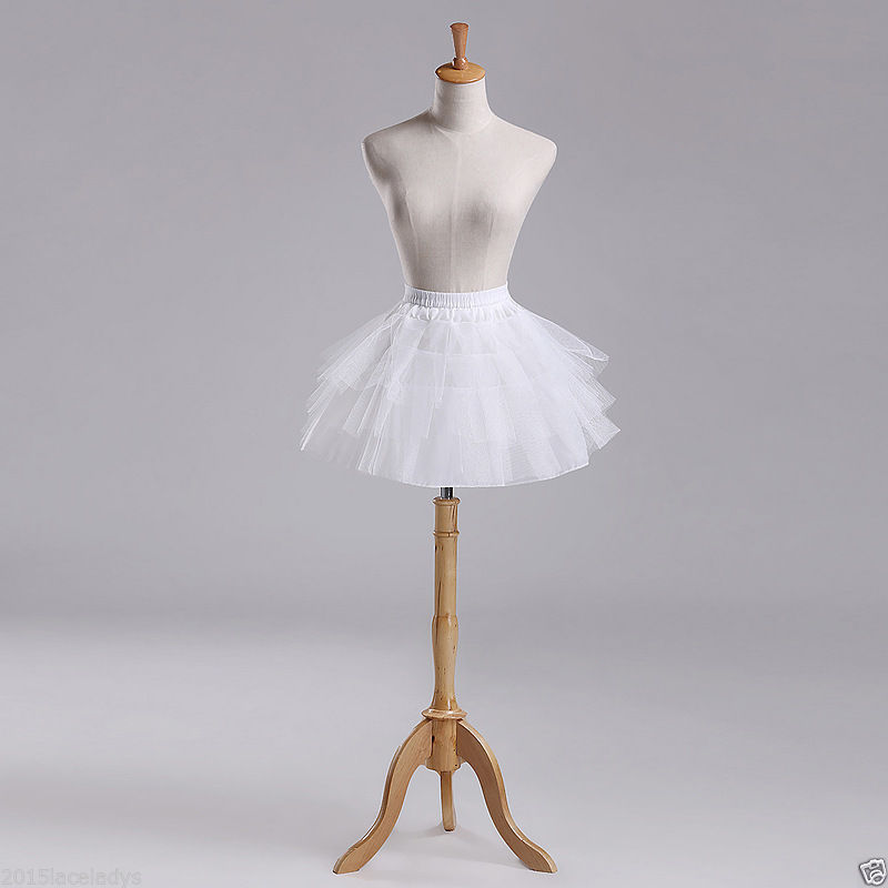 Short 3 Tier Petticoat One Size White