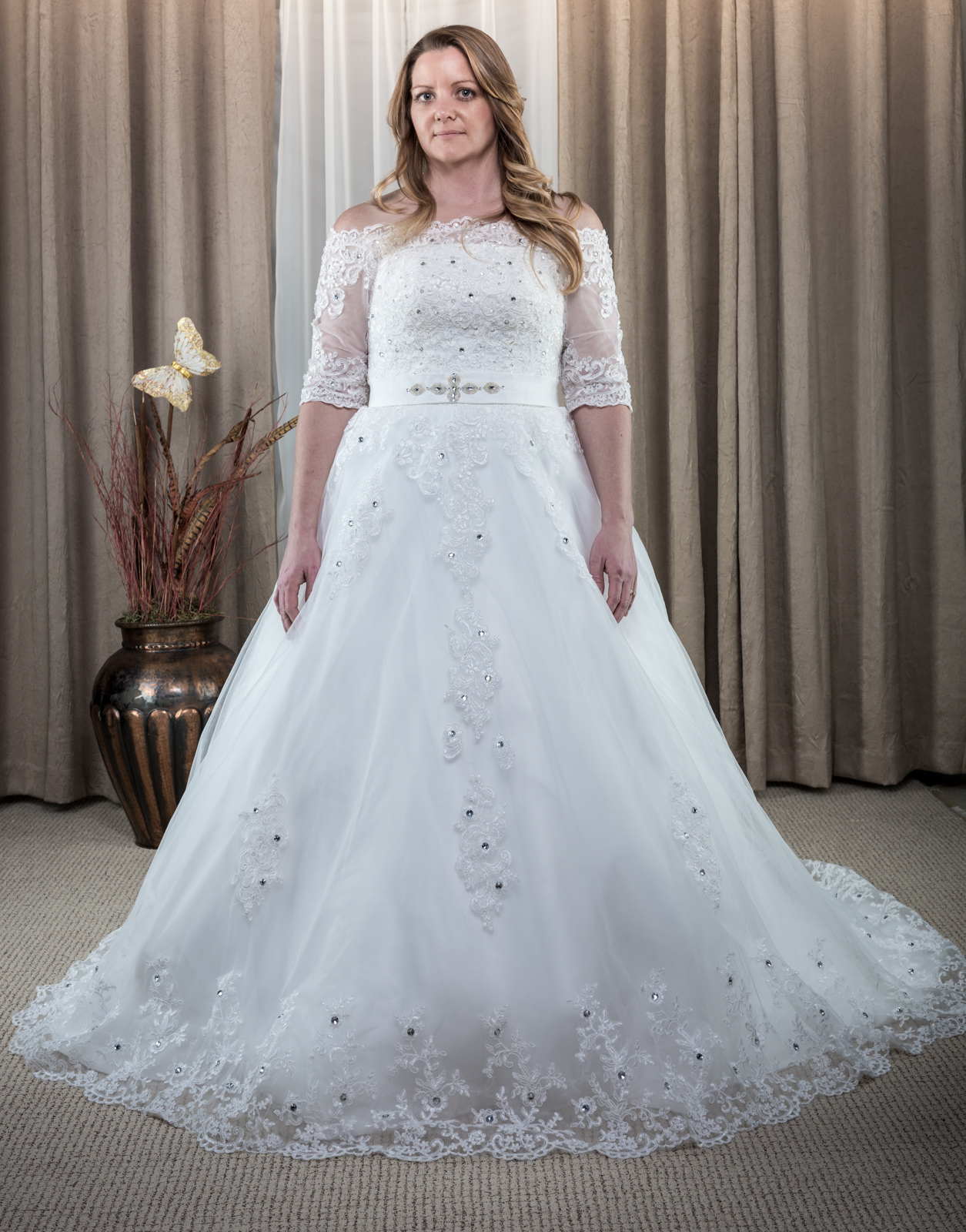 Lace & Applique Boat Neck Wedding Dress Ivory Size 12