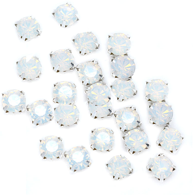 Rose Montee 4mm Opal in Silver Setting (24 pieces)