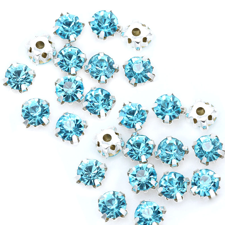 Rose Montee 4mm Lake Blue in Silver (24 pieces)