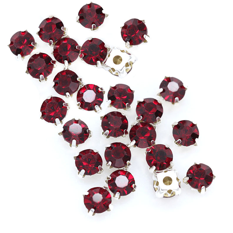 Rose Montee 4mm Dark Red (Siam) in Silver (24 pieces)