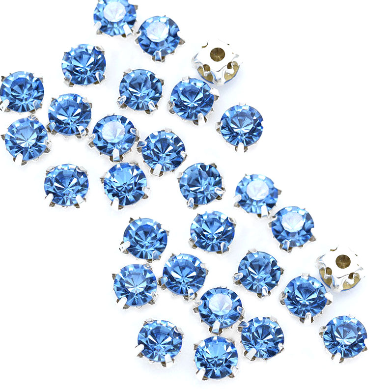 Rose Montee 4mm Light Sapphire Blue in Silver (24 pieces)