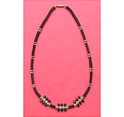 Teardrop herringbone beaded box chain