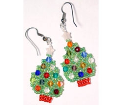 Netted Christmas Tree earrings 1